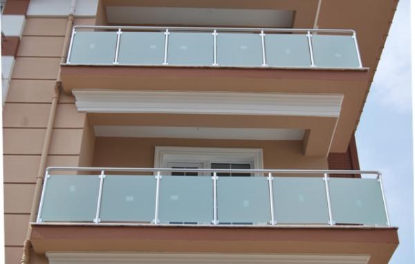 Alüminyum Camlı Balkon Korkuluğu